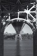 Clarence Holmes - Underneath the George Washington Bridge...