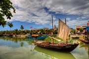 Fototrav Print - Vietnamese fishing boats and ancient...