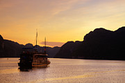 Fototrav Print - Vietnamese Junks on Halong Bay