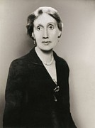 Photographies Prints - Woolf, Virginia 1882-1941. Portrait Print by Everett