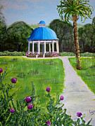 Bandstand Paintings - Bevs Bandstand by Lyn Calahorrano