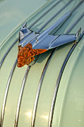 Gordon Dean II - 1954 Pontiac Chieftain Hood Ornament