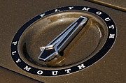Gordon Dean II - 1971 Plymouth GTX HEMI Hood Ornament