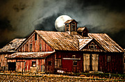Randall Branham - Barn under the moon