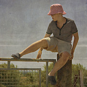 Flypaper Textures Photos - Boy on a fence waiting for Lance Armstrong by Paul Grand