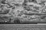 Guy Whiteley Photography Prints - Buffalo Lighthouse 8111 Print by Guy Whiteley