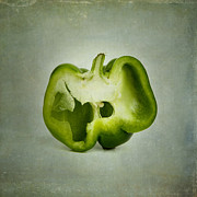 Bernard Jaubert - Cut green bell pepper