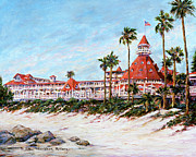 Hotel Del Coronado Framed Prints - Deach Walkway Framed Print by Sue T McNary