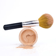 Bernard Jaubert - Face powder and make-up brush