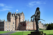 Jason Politte - Glamis Castle with Statue