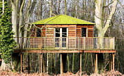 Simon Bratt Photography - Luxury tree house in the woods