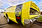 Gordon Dean II - Super Close Super Bee