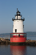 Waning Gibbous Moon Posters - Tarrytown Lighthouse and Waning Moon Poster by Clarence Holmes