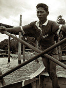 RicardMN Photography - The boatman of the lake Taungthaman - 2
