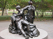 Vietnam Veterans Memorial Photos - Vietnam Womens Memorial by Guy Whiteley