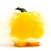 Bernard Jaubert - Yellow pepper locked into an ice cube.
