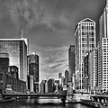 Sebastian Musial - Chicago River in Black...