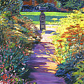 David Lloyd Glover - English Garden Urn