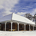 Orchard Park Depot by Peter Chilelli