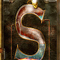 Mike Savad - Steampunk - Alphabet - S...