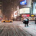 Vivienne Gucwa - Times Square Snow -...