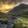 Darren Wilkes - Tryfan By Morning