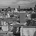 Magdalena Warmuz-Dent - London skyline monochrome