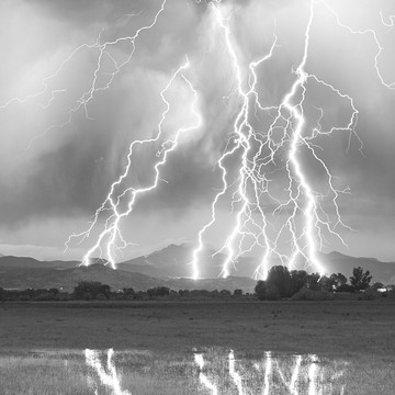 2019 year for women- White and black photography lightning
