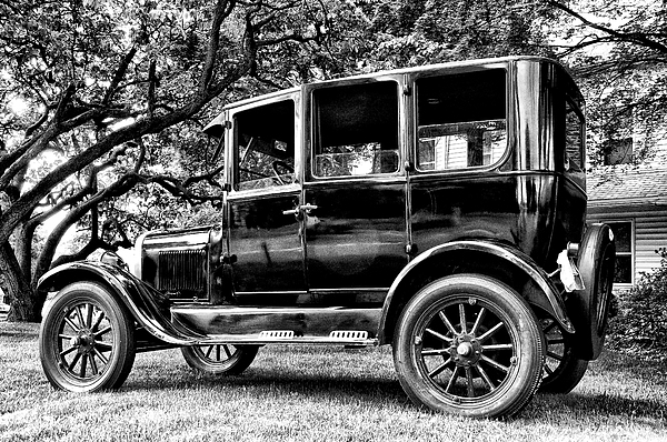 Ford Model T Photograph - 1926 Ford Model T by Bill Cannon
