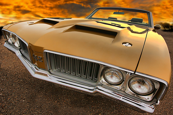 Oldsmobile Photograph - 1970 Oldsmobile 442 W-30 by Gordon Dean II