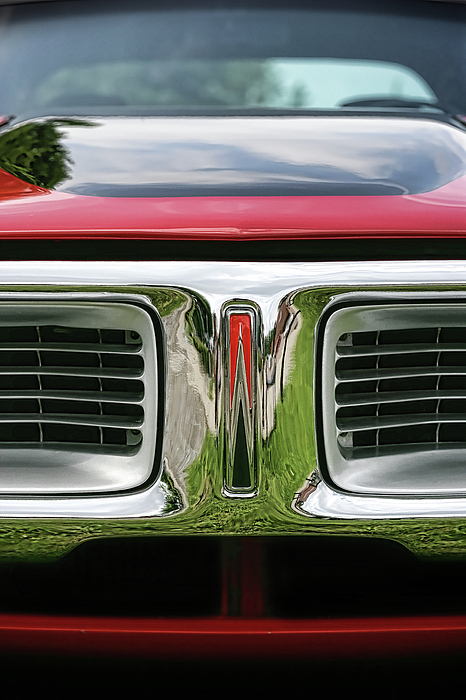 1972 Photograph - 1972 Dodge Charger 400 Magnum by Gordon Dean II