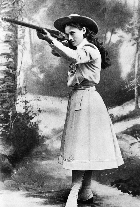 19th Century Photograph - Annie Oakley (1860-1926) by Granger