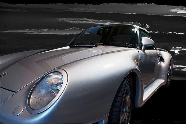 This 1987 Porsche 959 Wes The Super Car Of The 1980's Photograph - 959 Porsche by Paul Barkevich