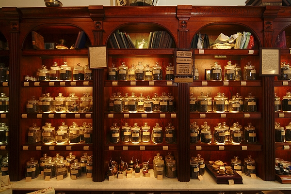 Commonwealth Of Independent States Photograph - A Display Of Tea In A Tea Shop by Richard Nowitz