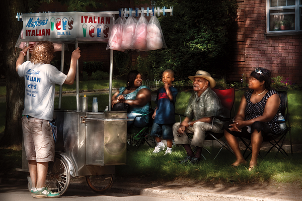 Savad Photograph - Americana - People - Buying Treats by Mike Savad