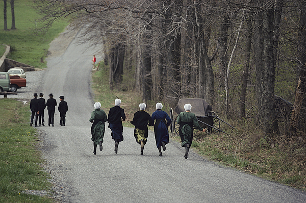 Peoples Photograph - Amish People Visiting Middle Creek by Ira Block