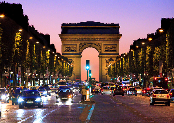 Champs elysee at night paris photograph by peter phipp for Parigi champ elisee
