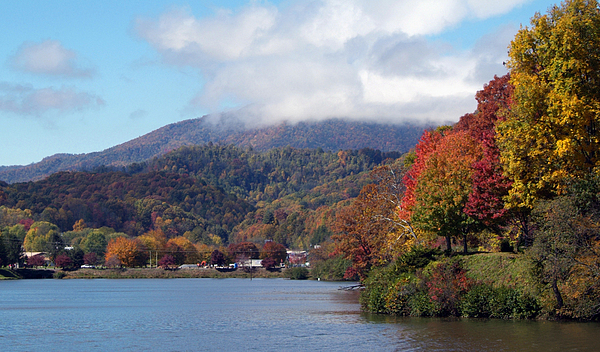 lake junaluska chat Lake junaluska, lake junaluska, north carolina 14k likes lake junaluska's mission is to be a place of christian hospitality where lives are transformed.
