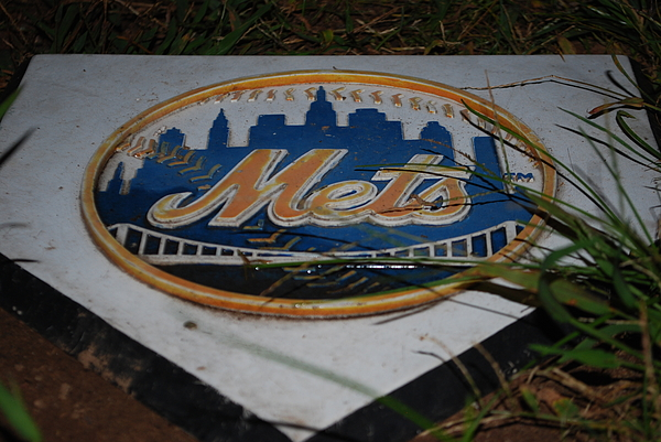 Mets Photograph - Mets Home Base by Michelle Cruz