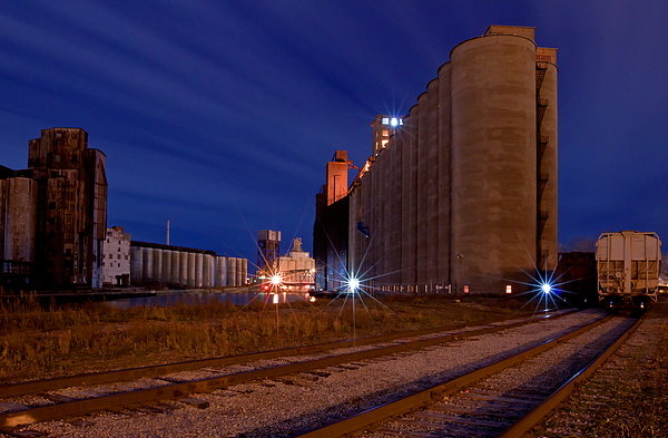 Elevator Photograph - Night At Elevator Alley by Don Nieman
