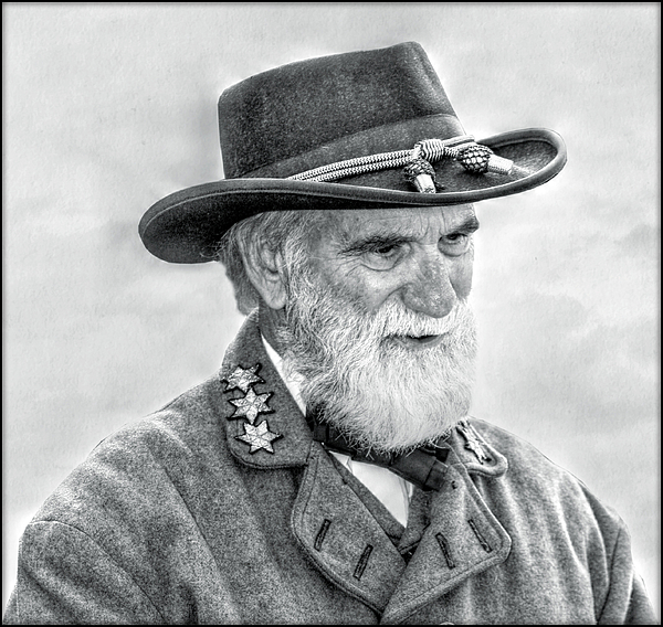 Sons Of The Confederacy Digital Art - Robert E Lee Confederate General Portrait by Randy Steele