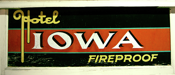 Iowa Photograph - Rooms Available by Jame Hayes