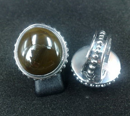 Ss Ring With Opaque Glass Gem Marbles  Jewelry