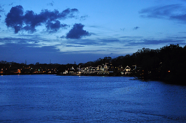 Boathouse Row Photograph - Twilight Row by Andrew Dinh