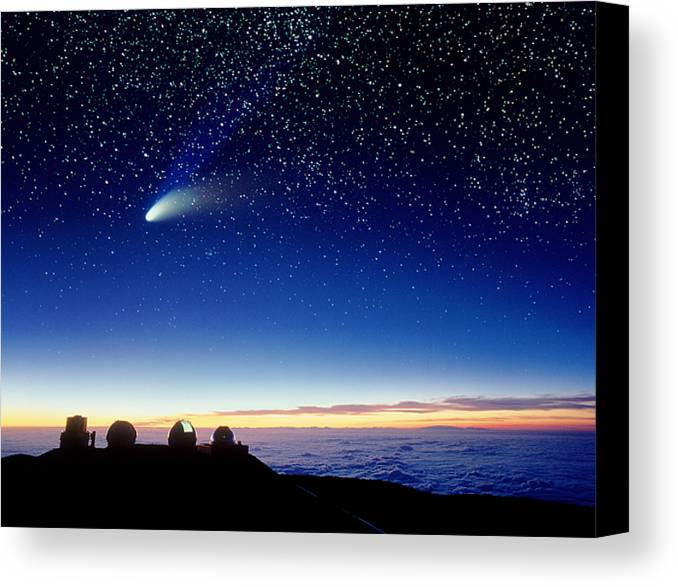 Comet Hale-bopp Canvas Print featuring the photograph Mauna Kea Telescopes by D Nunuk and Photo Researchers