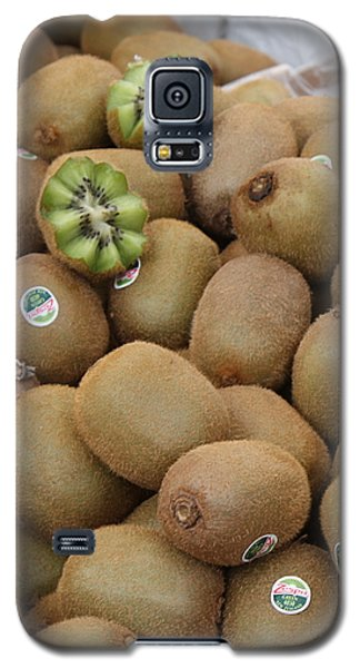 European Markets - Kiwis Galaxy S5 Case by Carol Groenen