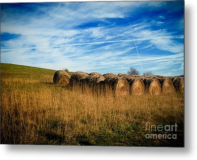 Hay Bales And Contrails Metal Print by Amy Cicconi