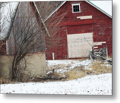 Barn 36 Metal Print by Todd Sherlock