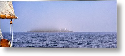 Curtis Island Fog Lifting Metal Print by Marty Saccone