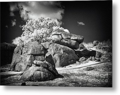 Devils Den - Gettysburg Metal Print by Paul W Faust -  Impressions of Light